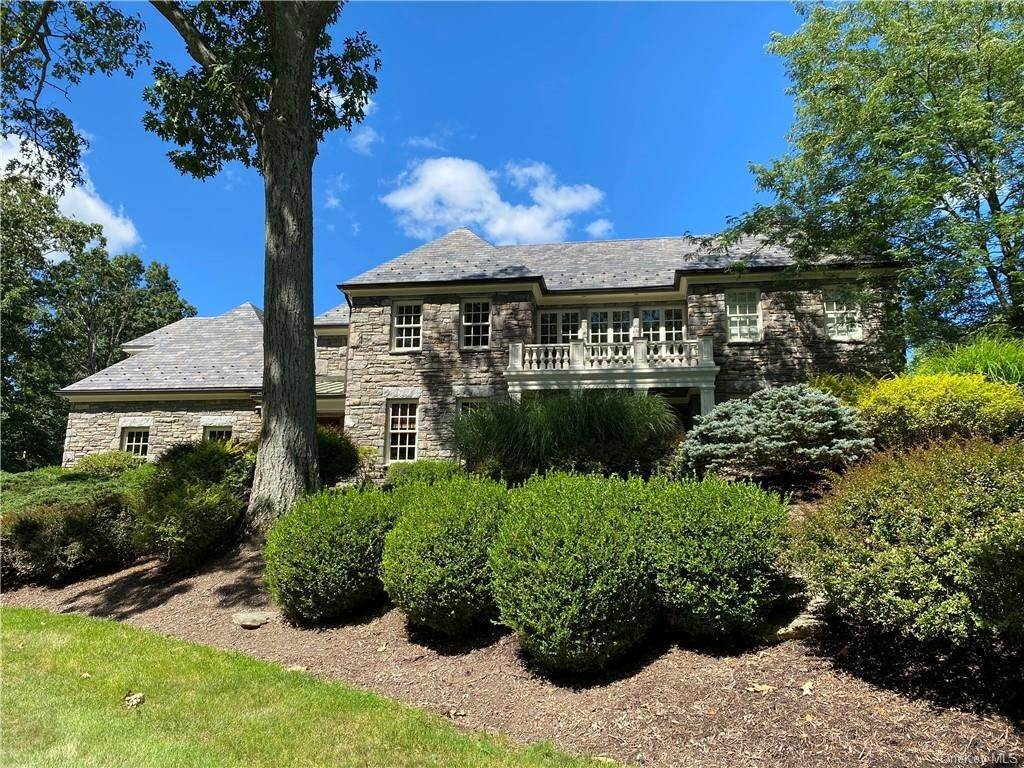 2. Single Family Home for Sale at 75 Summit Road Tuxedo Park, New York, 10987 United States
