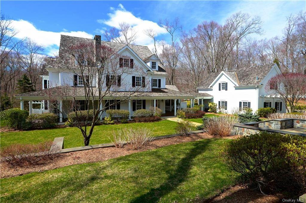 Single Family Home for Sale at 42 Stone Paddock Place Bedford, New York, 10506 United States