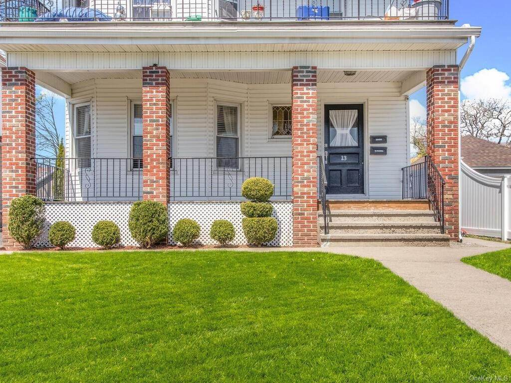 2. Single Family Home por un Venta en 13 Hanford Avenue New Rochelle, Nueva York, 10805 Estados Unidos