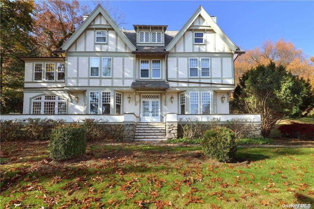 2. Single Family Home for Sale at 1082 Us Hwy 9W Route Nyack, New York, 10960 United States