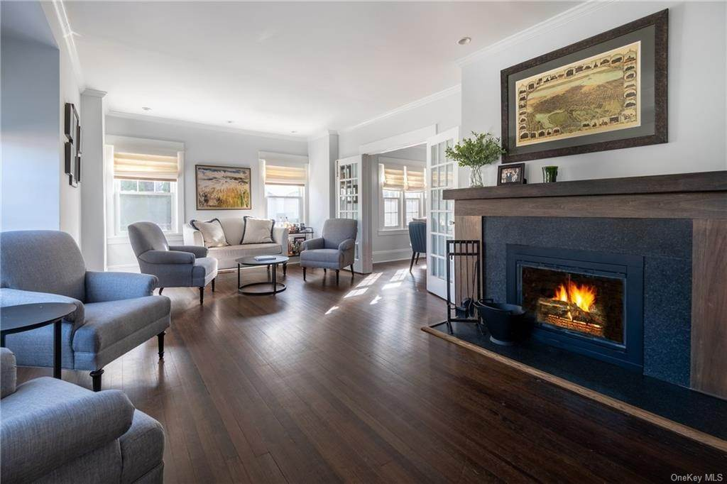 2. Single Family Home for Sale at 25 Wilbur Place Bronxville, New York, 10708 United States