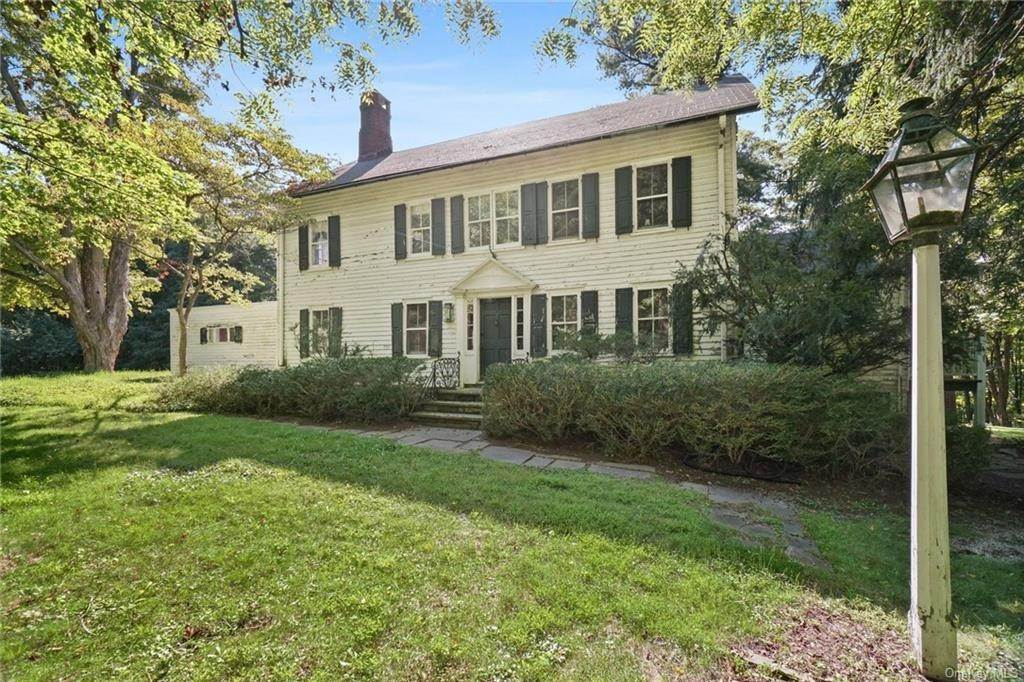 2. Single Family Home for Sale at 233 Long Ridge Road Bedford, New York, 10506 United States