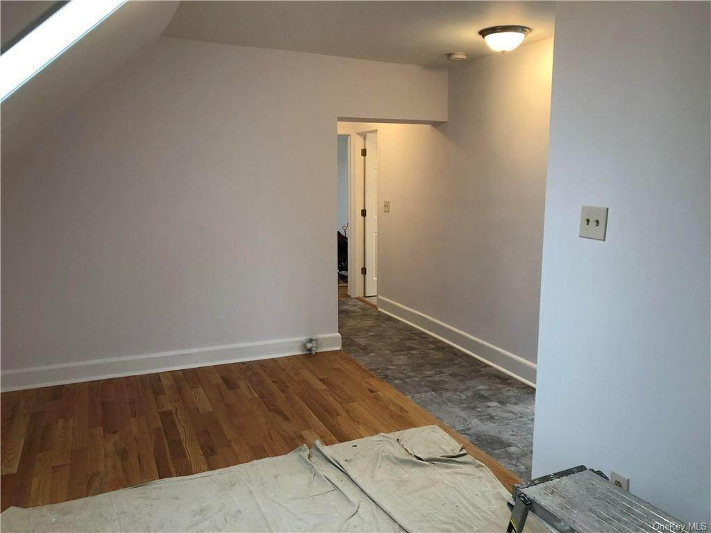 20. Single Family Home for Sale at 160-164 Elm Avenue Mount Vernon, New York, 10550 United States
