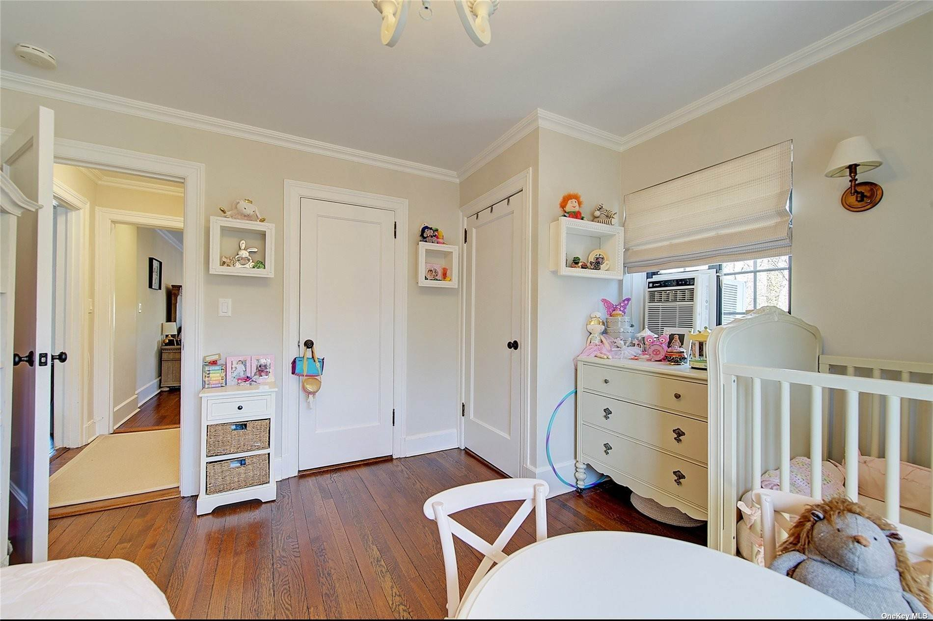 20. Single Family Home for Sale at 6 Davis Avenue Rye, New York, 10580 United States