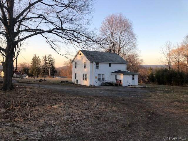 21. Single Family Home for Sale at 56-58 Still Road Monroe, New York, 10950 United States
