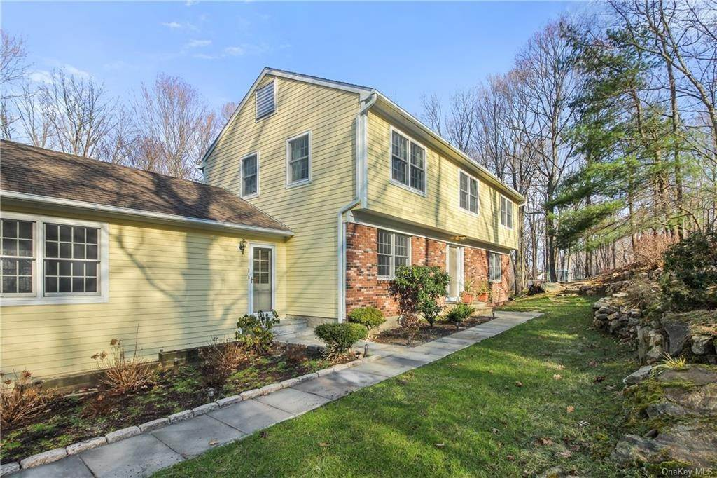 22. Single Family Home por un Venta en 16 Hillcrest Circle Chappaqua, Nueva York, 10514 Estados Unidos
