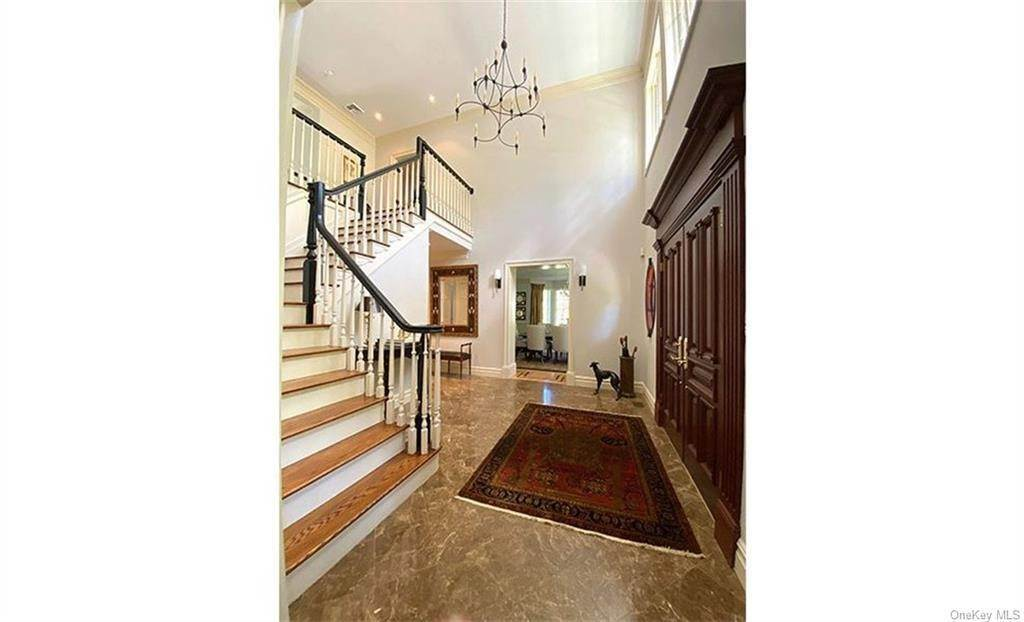 22. Single Family Home for Sale at 75 Summit Road Tuxedo Park, New York, 10987 United States