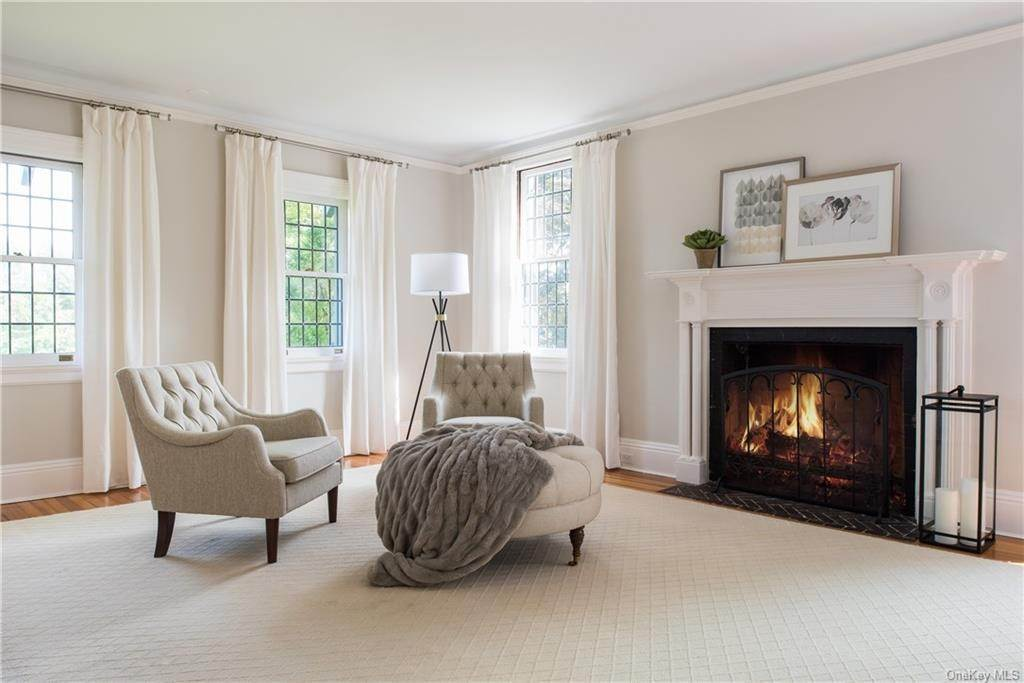 23. Single Family Home for Sale at 10 Broad Brook Road Bedford Hills, New York, 10507 United States