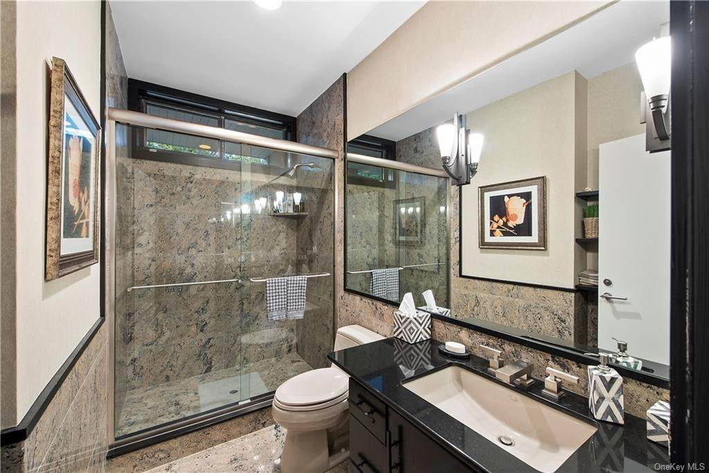 23. Single Family Home for Sale at 10 Beech Hill Lane Pound Ridge, New York, 10576 United States