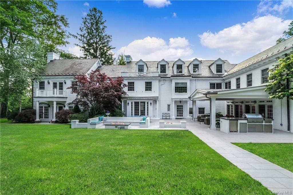 23. Rental Communities for Rent at 17A Heathcote Road Scarsdale, New York, 10583 United States
