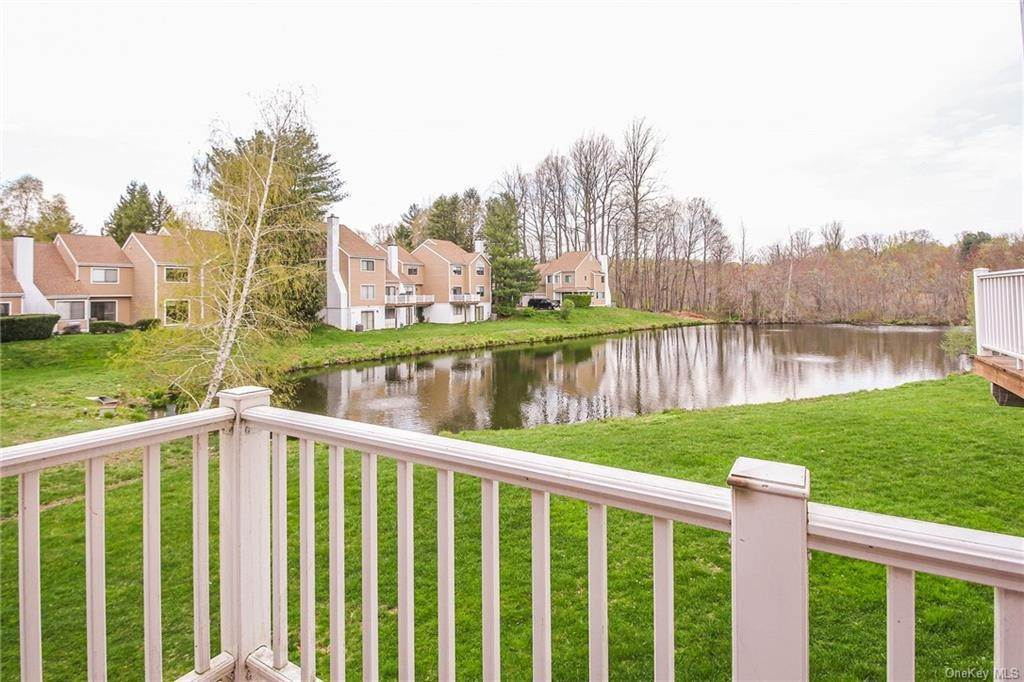 24. Rental Communities for Rent at 58 Pond View Lane Chappaqua, New York, 10514 United States