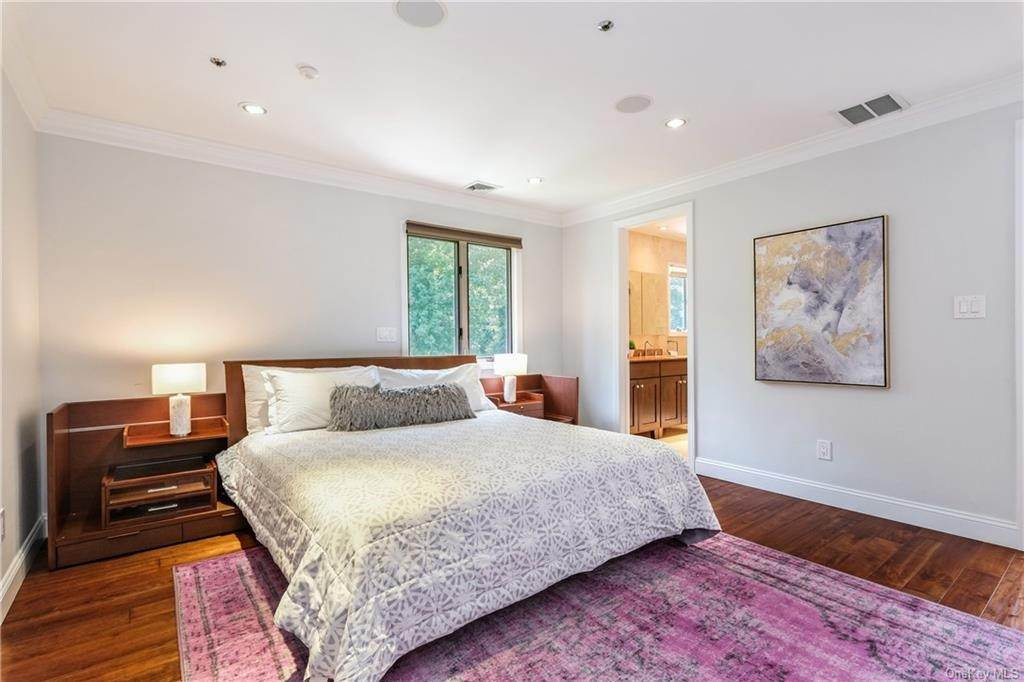 24. Rental Communities for Rent at 190 Fort Hill Road Scarsdale, New York, 10583 United States
