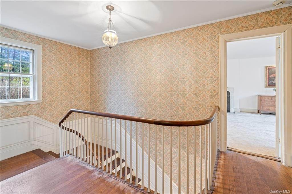 24. Single Family Home for Sale at 3 Richbell Road Scarsdale, New York, 10583 United States