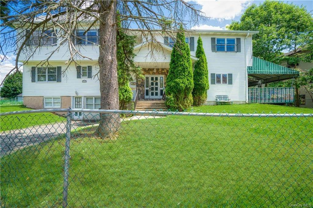 25. Single Family Home for Sale at 22 Stephens Place Spring Valley, New York, 10977 United States