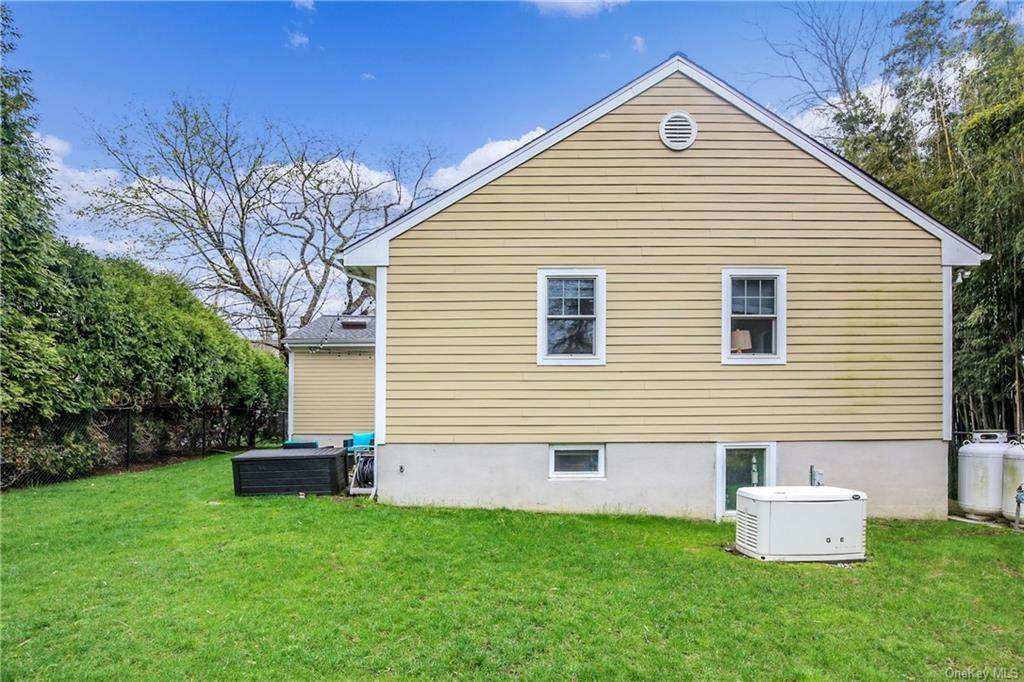 25. Single Family Home por un Venta en 200 Glendale Road Scarsdale, Nueva York, 10583 Estados Unidos