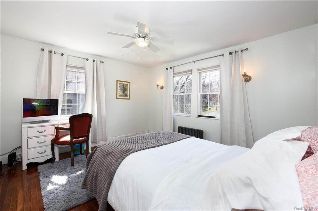 25. Single Family Home por un Venta en 31 Rugby Lane Scarsdale, Nueva York, 10583 Estados Unidos