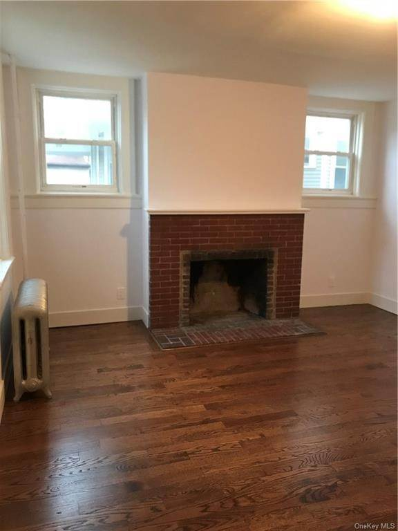 25. Single Family Home for Sale at 160-164 Elm Avenue Mount Vernon, New York, 10550 United States