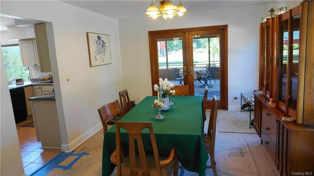26. Single Family Home for Sale at 233 Maybrook Road Campbell Hall, New York, 10916 United States