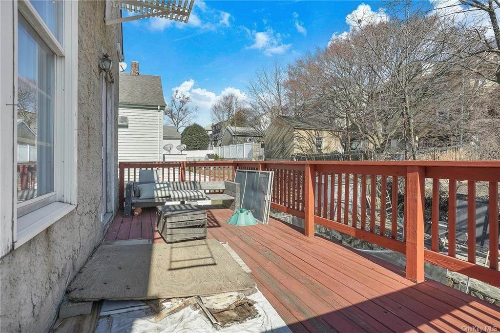 27. Single Family Home for Sale at 354 Columbus Avenue West Harrison, New York, 10604 United States