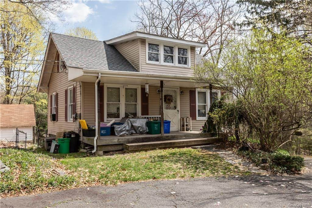 28. Single Family Home por un Venta en 64 Old Pascack Road Pearl River, Nueva York, 10965 Estados Unidos