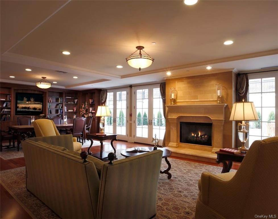 28. Single Family Home for Sale at 520 Trump Park Shrub Oak, New York, 10588 United States