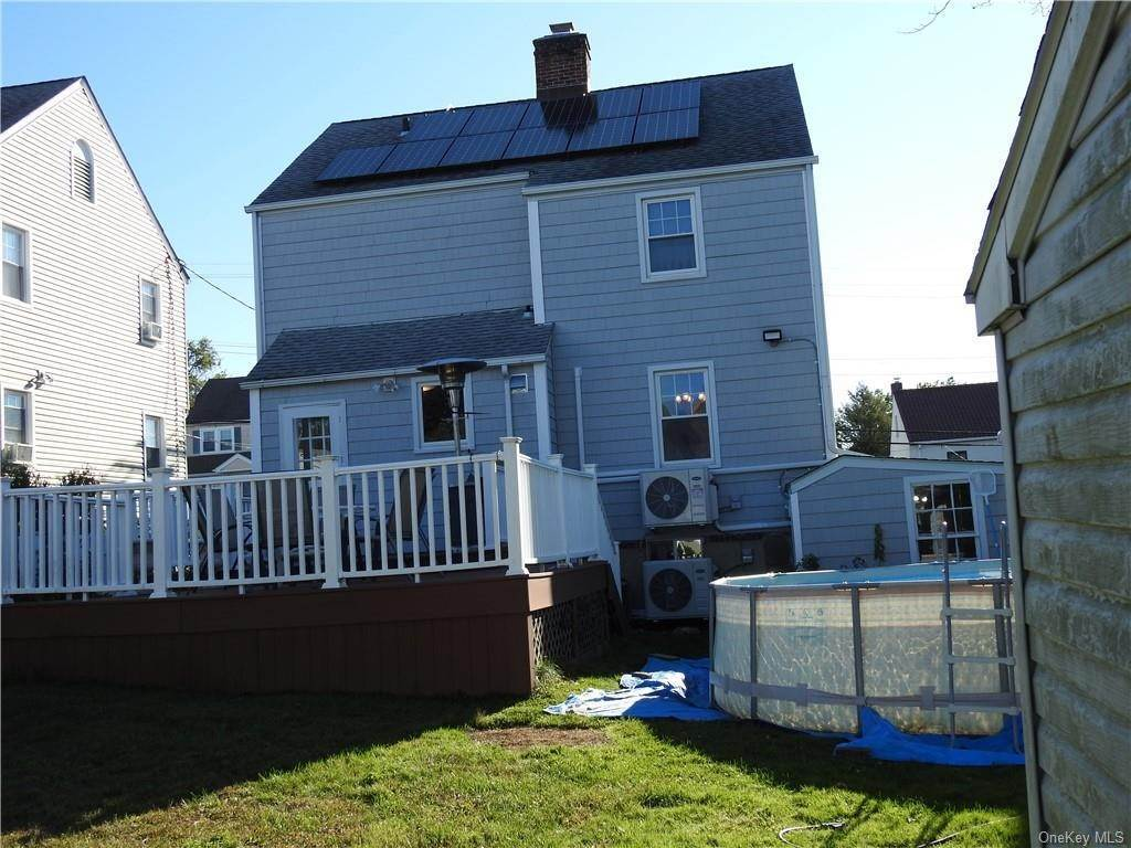 29. Single Family Home for Sale at 44 Wesley Avenue Port Chester, New York, 10573 United States