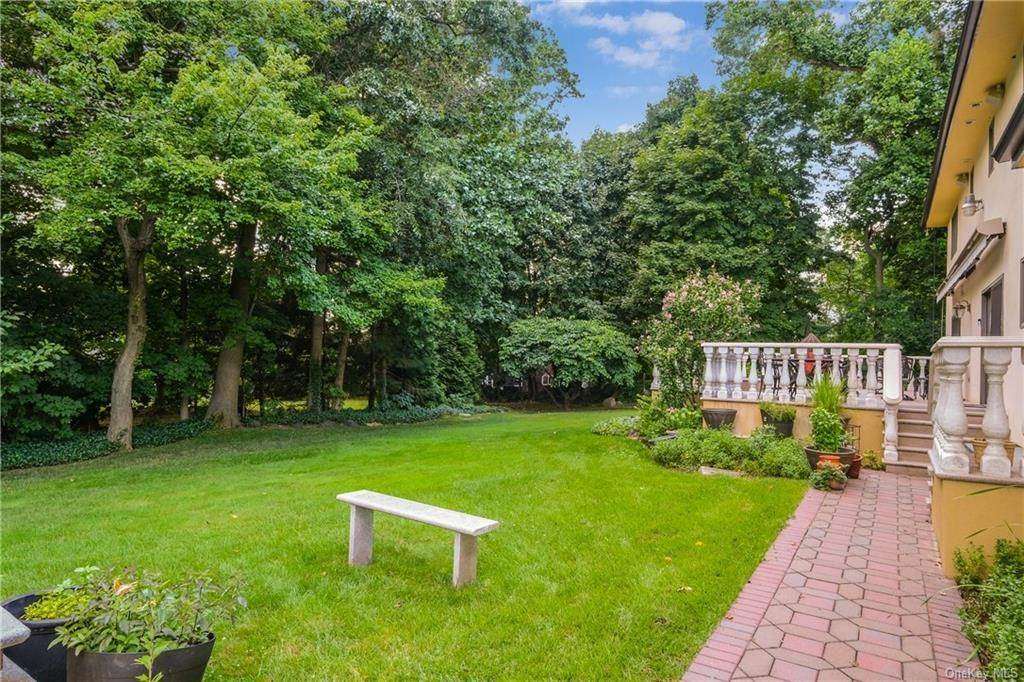 29. Rental Communities for Rent at 190 Fort Hill Road Scarsdale, New York, 10583 United States