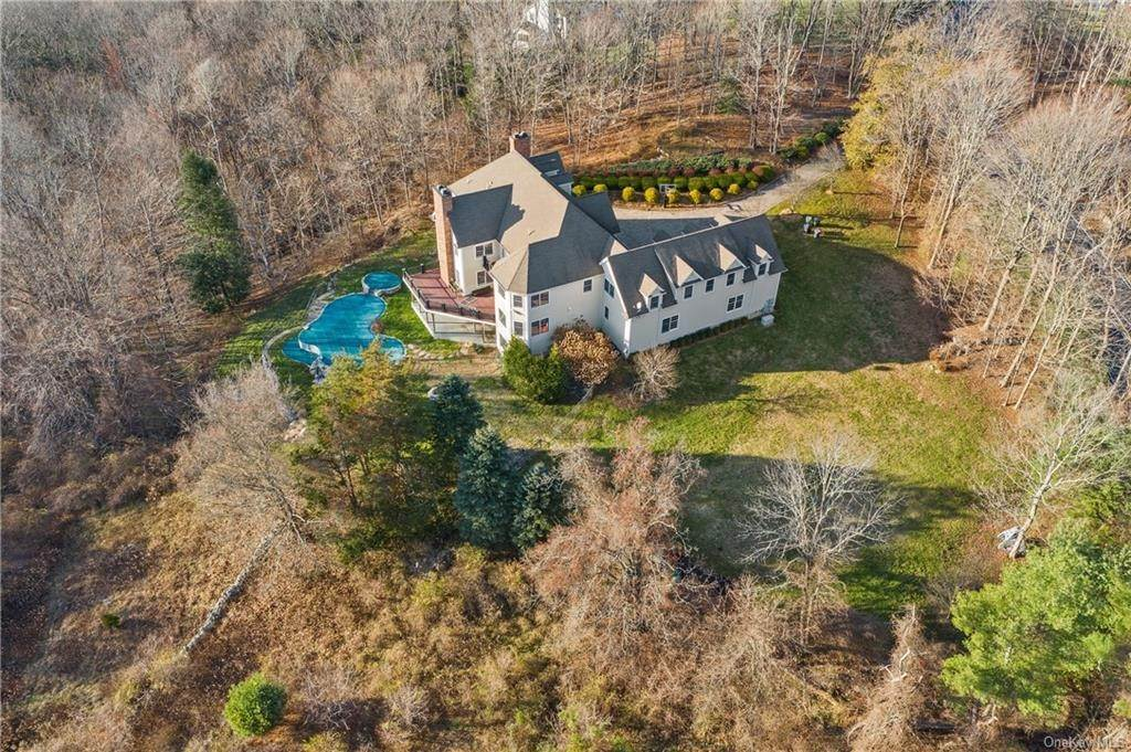 3. Single Family Home for Sale at 496 Long Ridge Road Bedford, New York, 10506 United States