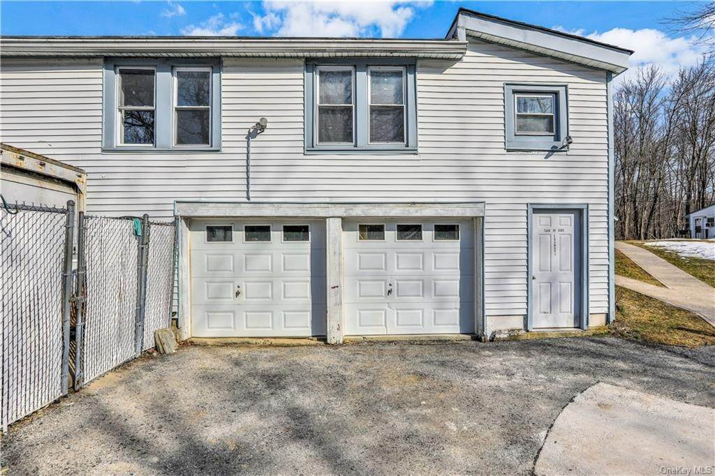 3. Single Family Home for Sale at 70 East Road Wallkill, New York, 12589 United States