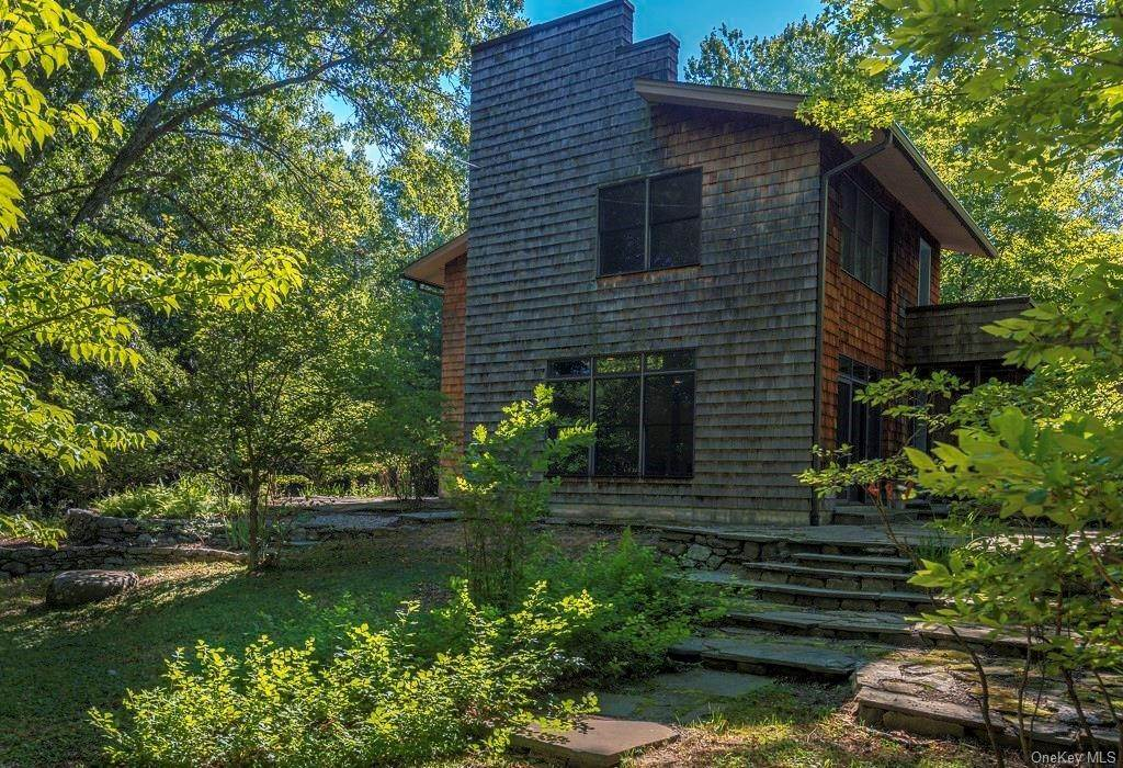 3. Single Family Home for Sale at 109 Monahan Road Port Jervis, New York, 12771 United States