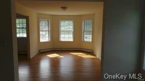 3. Single Family Home for Sale at 256 Orange Turnpike Sloatsburg, New York, 10974 United States