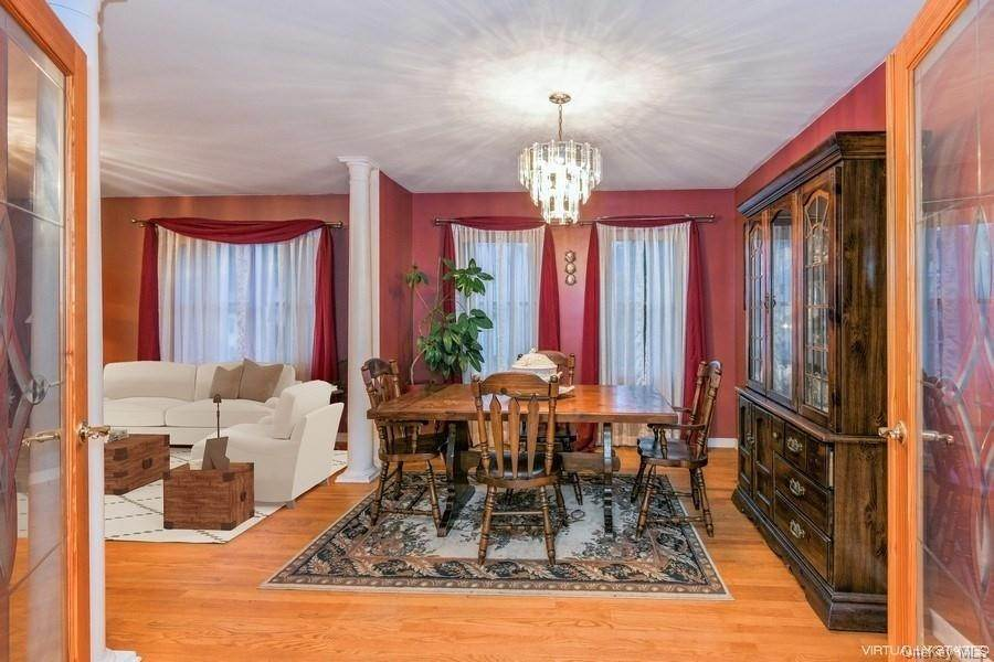3. Single Family Home for Sale at 9 Garden Street Ossining, New York, 10562 United States