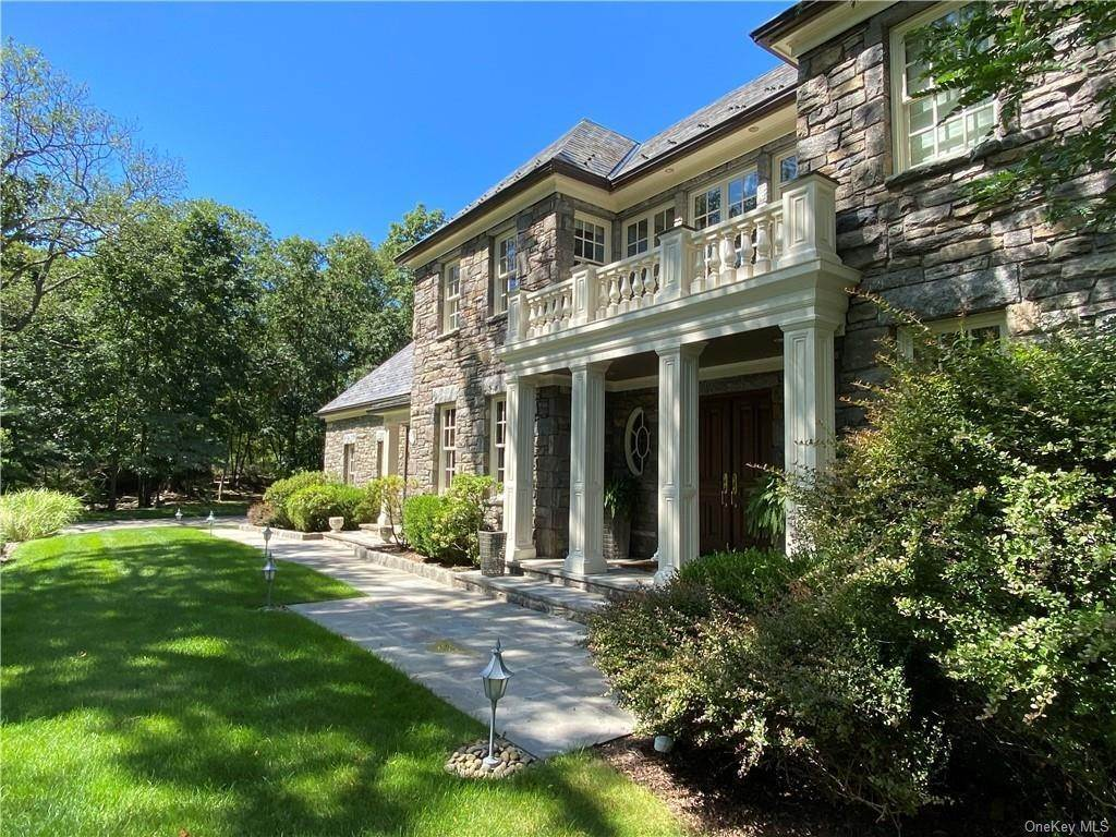 3. Single Family Home for Sale at 75 Summit Road Tuxedo Park, New York, 10987 United States