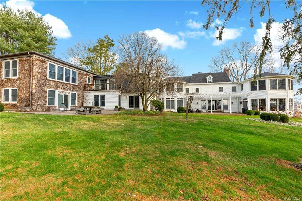 3. Single Family Home for Sale at 630 Birdsall Drive Yorktown Heights, New York, 10598 United States