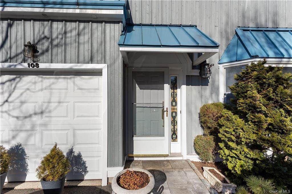 3. Single Family Home for Sale at 108 Abbottsford Gate Piermont, New York, 10968 United States