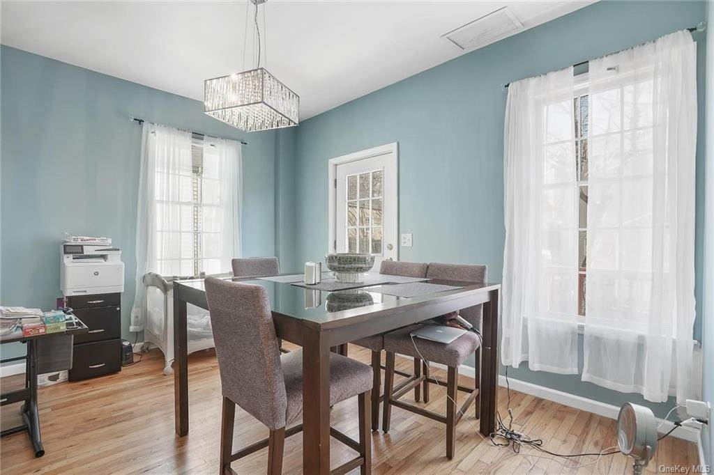3. Single Family Home for Sale at 354 Columbus Avenue West Harrison, New York, 10604 United States