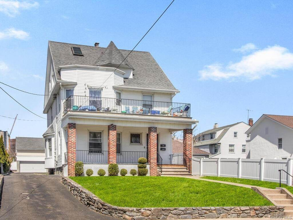 3. Single Family Home por un Venta en 13 Hanford Avenue New Rochelle, Nueva York, 10805 Estados Unidos