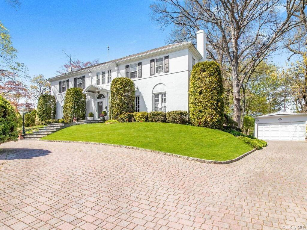 3. Single Family Home for Sale at 62 Cortlandt Avenue New Rochelle, New York, 10801 United States