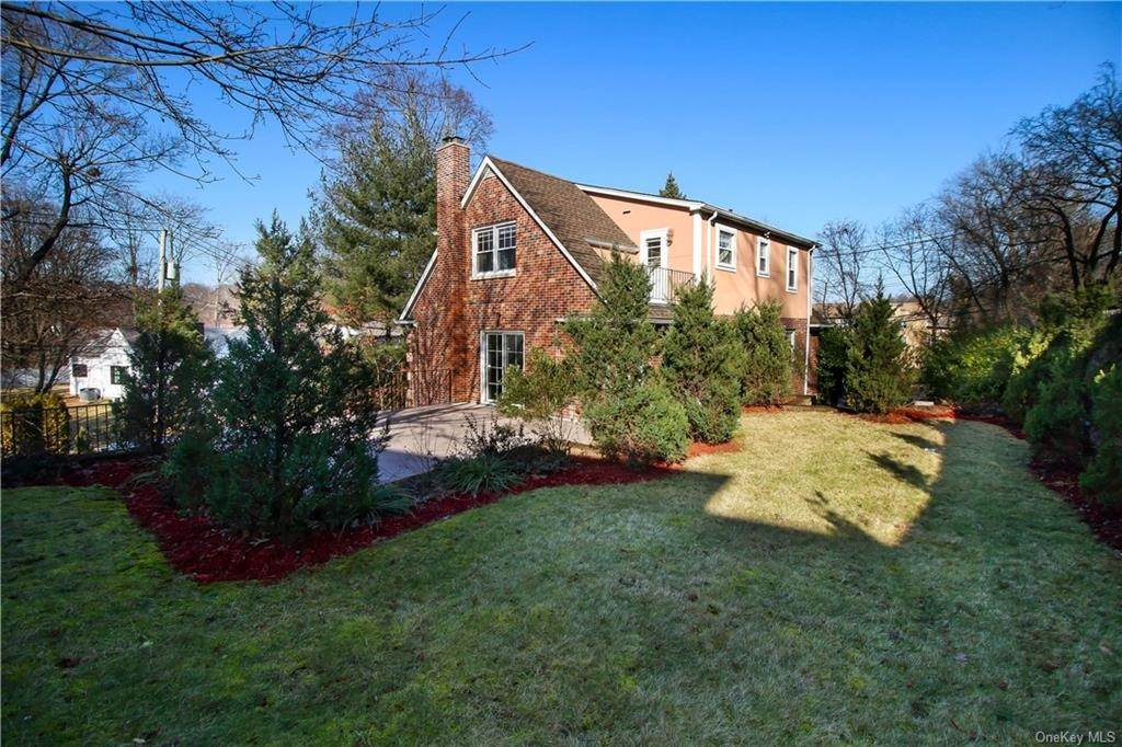 30. Single Family Home for Sale at 21 Bramblebrook Road Ardsley, New York, 10502 United States