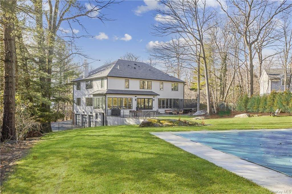 30. Single Family Home pour l Vente à 7 Archer Road Harrison, New York, 10528 États-Unis