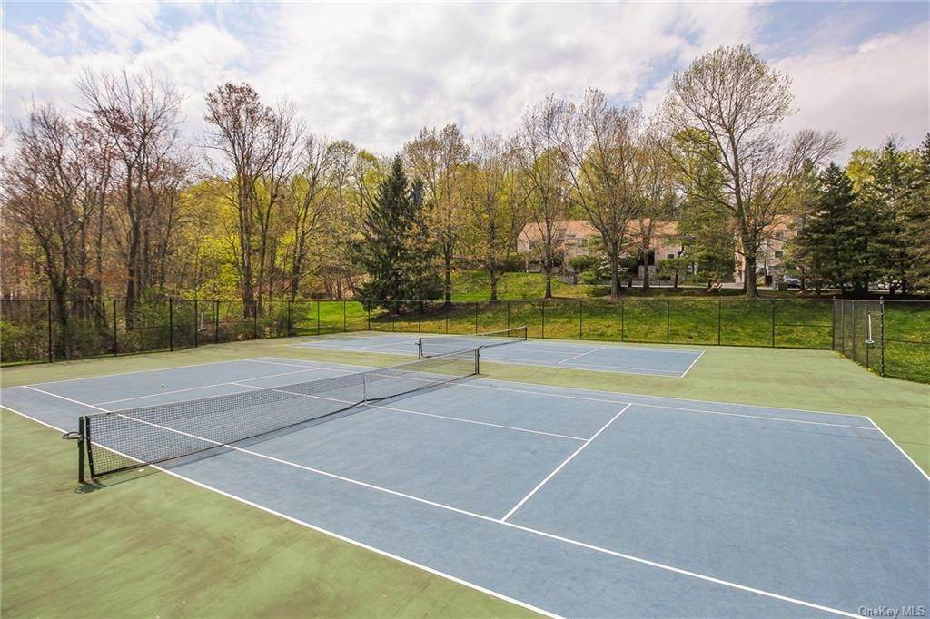 31. Rental Communities for Rent at 58 Pond View Lane Chappaqua, New York, 10514 United States