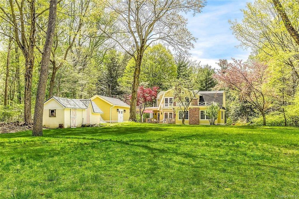 31. Single Family Home for Sale at 90 Rockland Road Sparkill, New York, 10976 United States