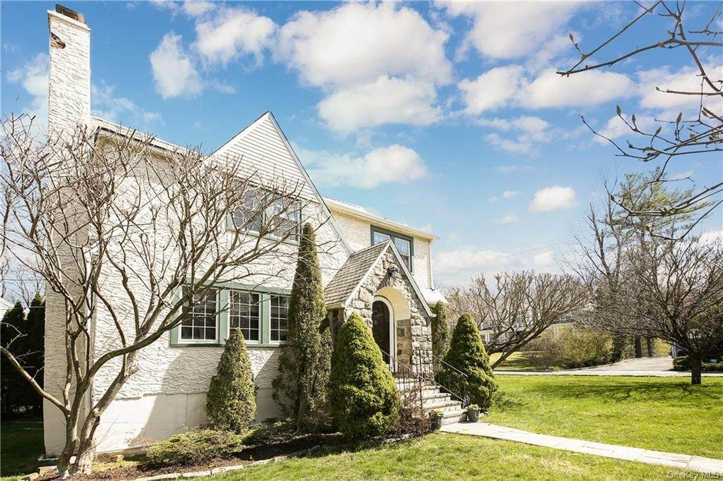 31. Single Family Home por un Venta en 31 Rugby Lane Scarsdale, Nueva York, 10583 Estados Unidos