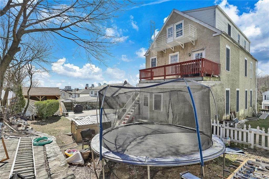 31. Single Family Home for Sale at 354 Columbus Avenue West Harrison, New York, 10604 United States