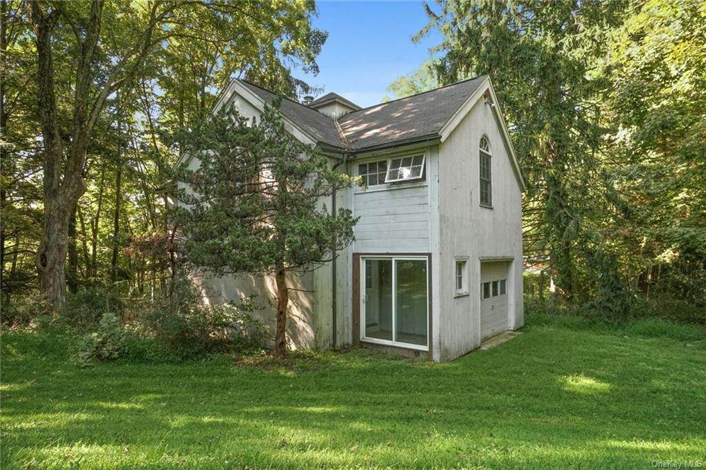 31. Single Family Home for Sale at 233 Long Ridge Road Bedford, New York, 10506 United States