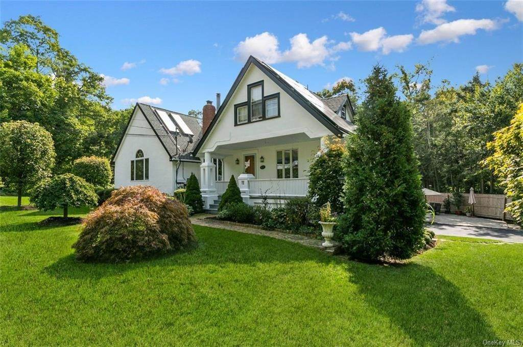 32. Single Family Home for Sale at 88 Pine Avenue Ossining, New York, 10562 United States