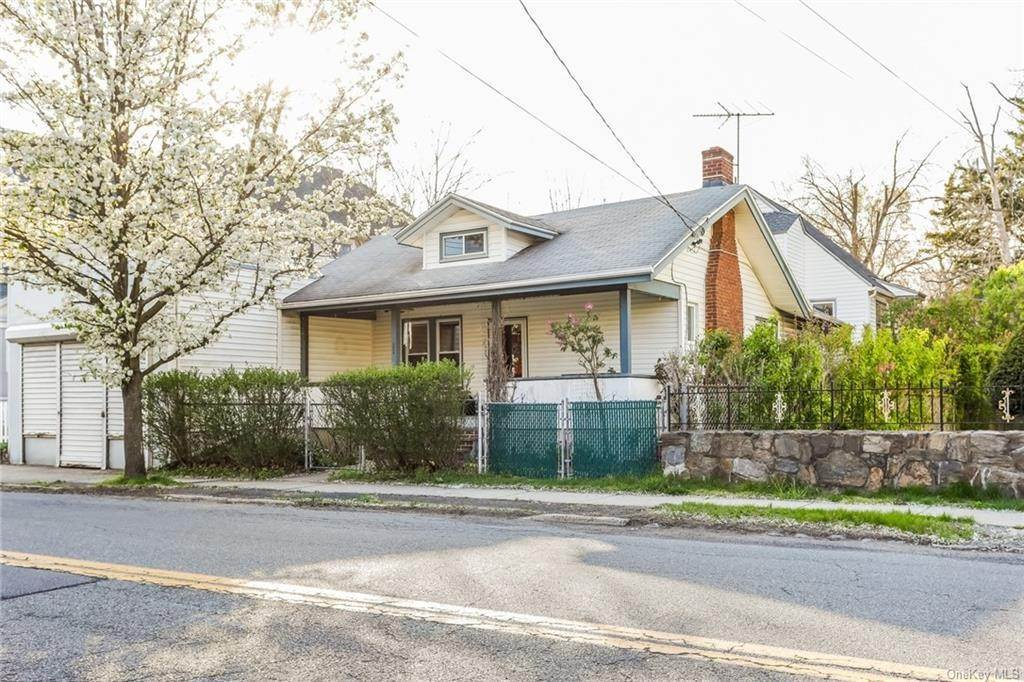 32. Single Family Home for Sale at 324 5th Avenue New Rochelle, New York, 10801 United States