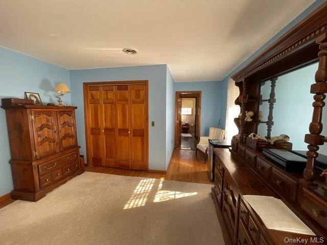 32. Single Family Home por un Venta en 8 Conklin Road Warwick, Nueva York, 10990 Estados Unidos