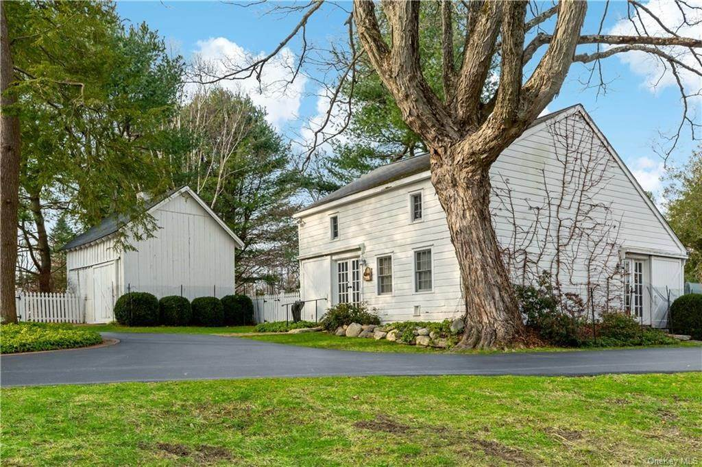 32. Single Family Home for Sale at 630 Birdsall Drive Yorktown Heights, New York, 10598 United States