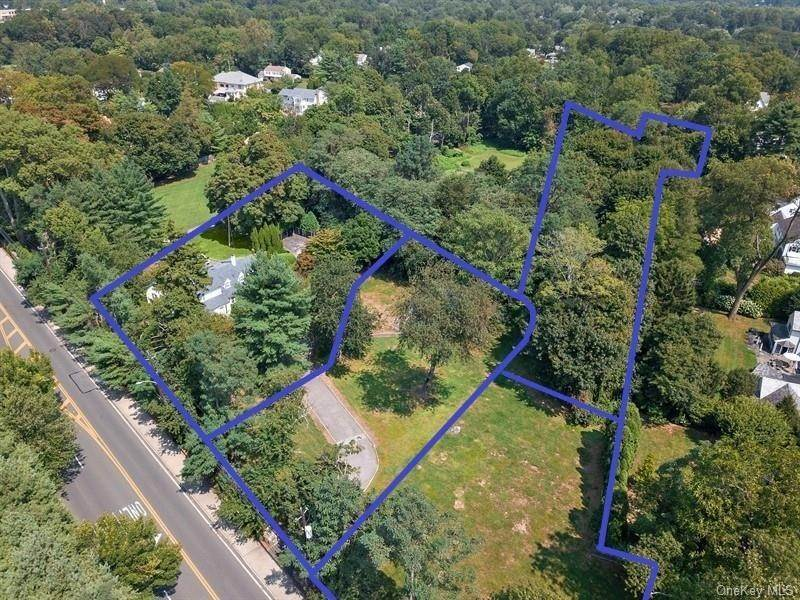 32. Single Family Home for Sale at 93 Wilmot Road New Rochelle, New York, 10804 United States